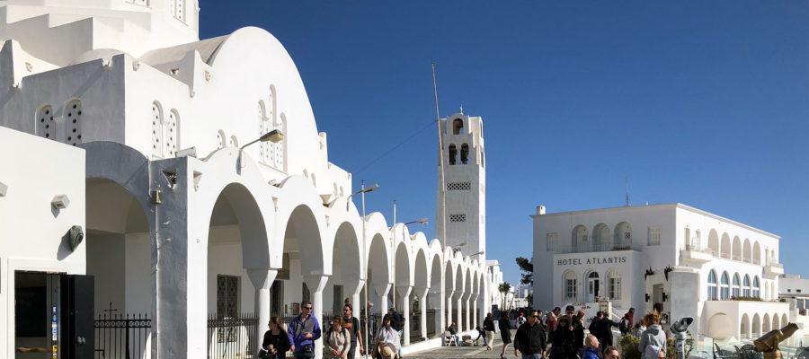 升级版的多米尼克公民入籍计划 通行162个国家 3个国籍 三分之一马耳它护照的成本十分之一赛普路斯护照成本 2020年多米尼克护照将是最强大